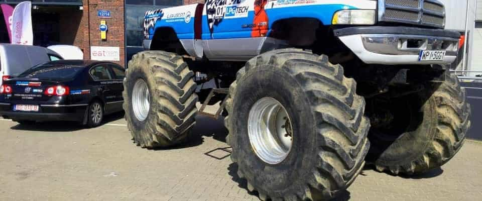 Monstertruck auto gaz