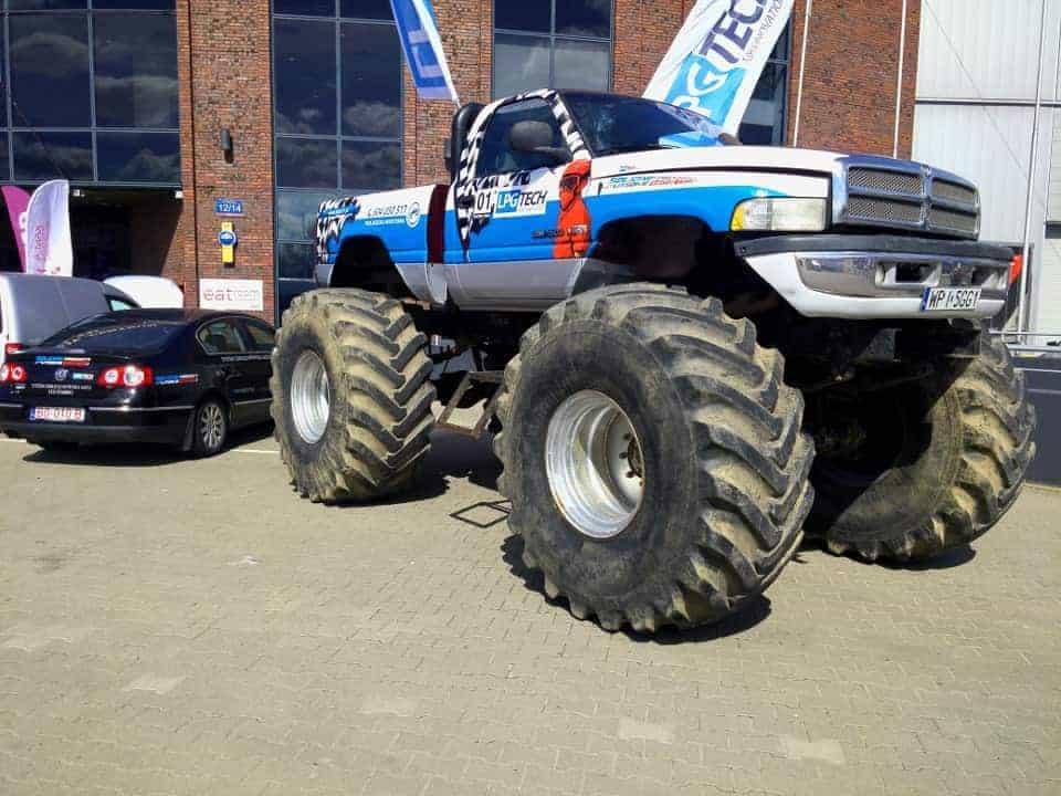 Monstertruck auto gaz