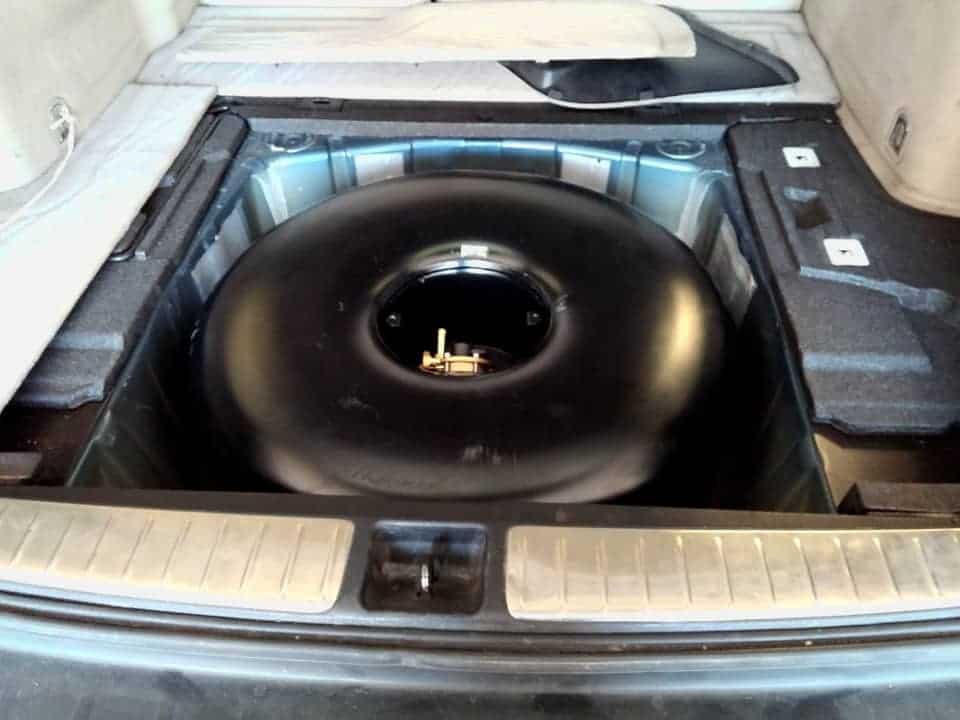Zbiornik toroidalny lpg rozmiar 630x220 zamontowany w Subaru Outback.