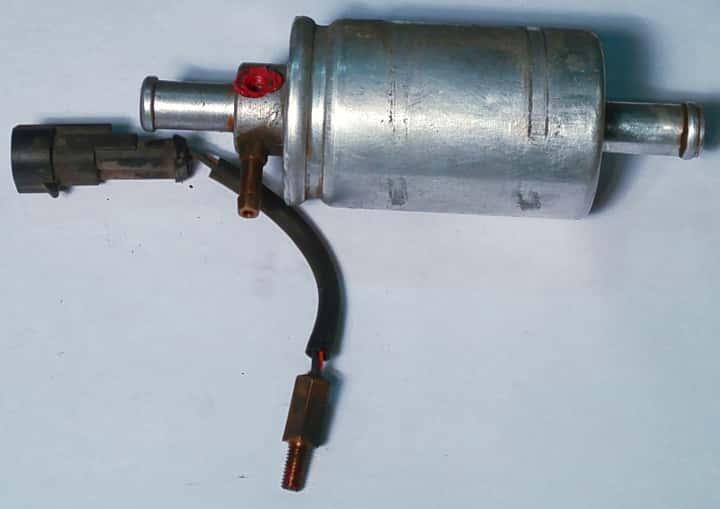 filtr gazu fazy lotnej z wykręconym czujnikiem temperatury