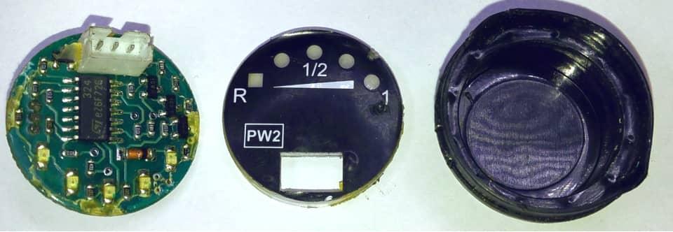 rozebrany czujnik poziomu gazu lpg PW2