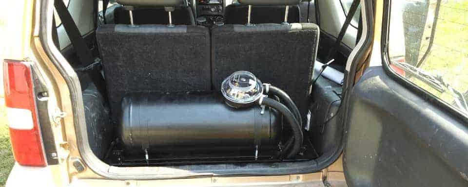 Suzuki Jimny zbiornik lpg cylindryczny